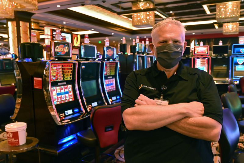A smart Educational Have a look at What Gambling Online Actually Does In Our World